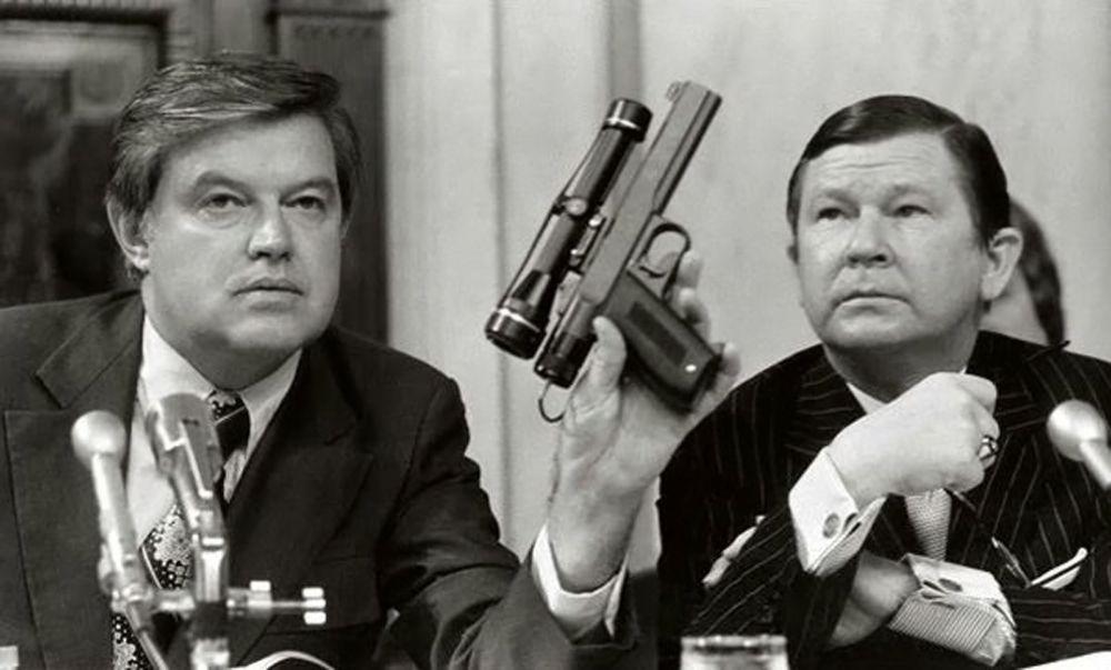 CIA - Pistolet