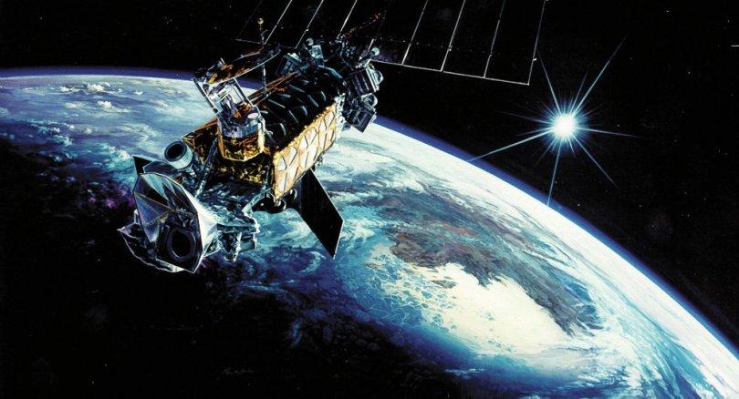 satellite-de-surveillance