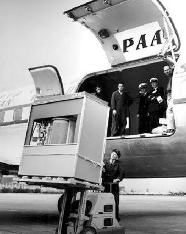 IBM - RAMAC 305 (1956) 1