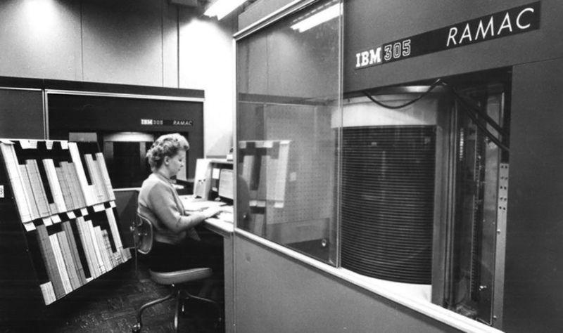 IBM - RAMAC 305 (1956) 3