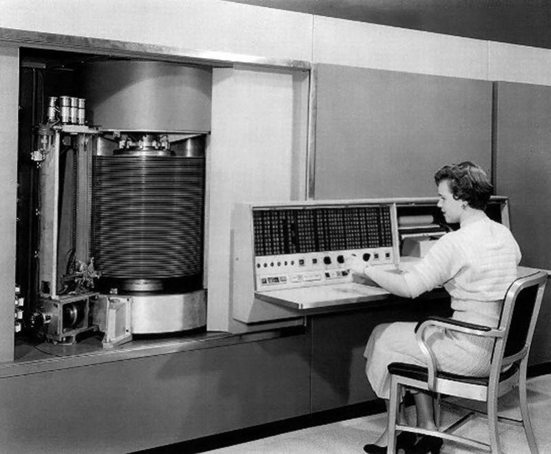 IBM - RAMAC 305 (1956) 4