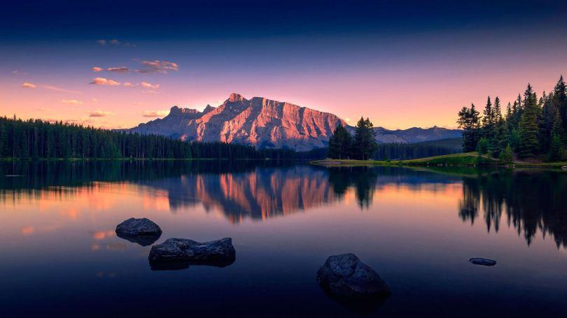 Lake - Lac - Canada - 1