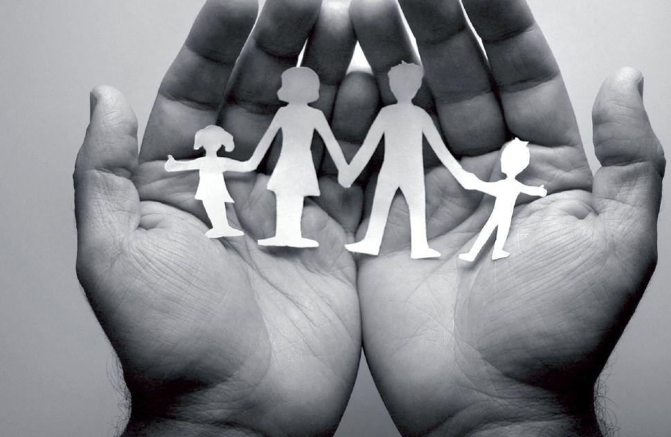 Structure familiale - Main