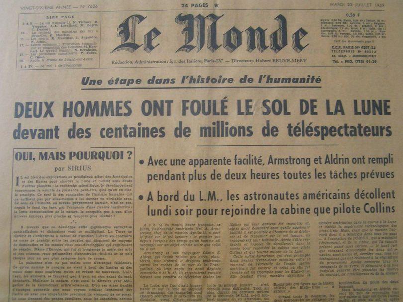 Journal Le Monde - Etape dans l'histoire de l'humanité ou mise en scène du siècle