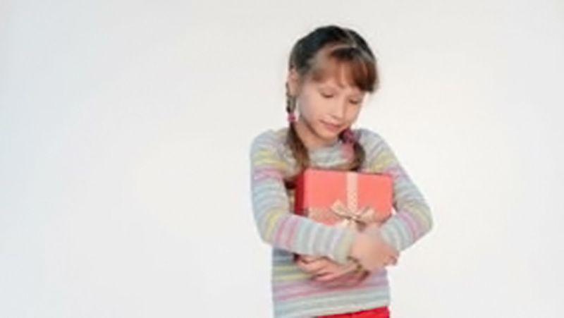 Petite fille - Boite - cadeau