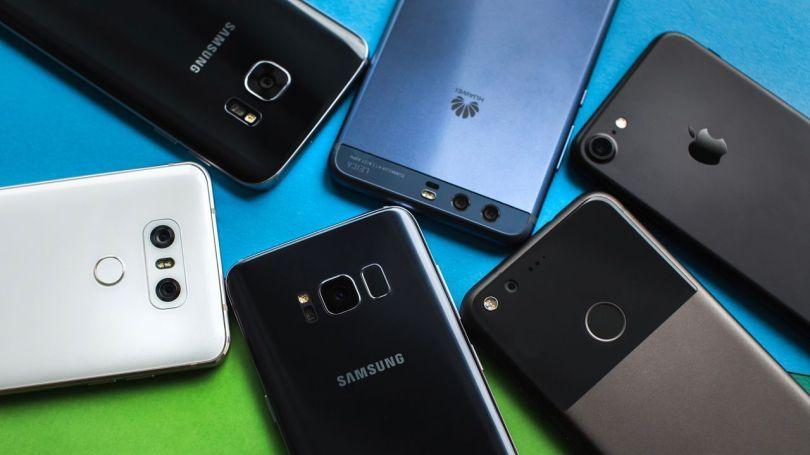 Smartphones - Huawei, LG, Samsung, Apple