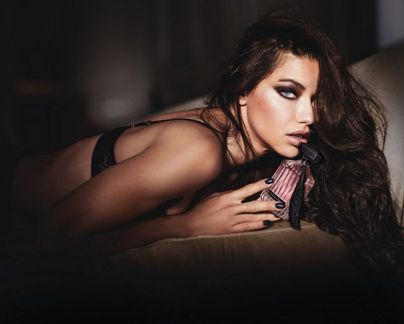 Femme - Publicité - Parfum