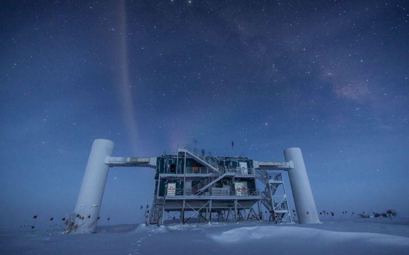 IceCube - télescope à neutrinos- Pôle Sud