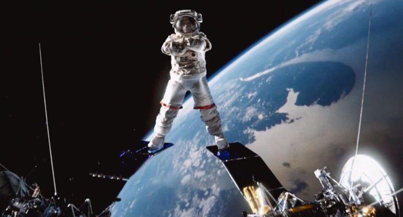 JCVD - Astronaute - 1