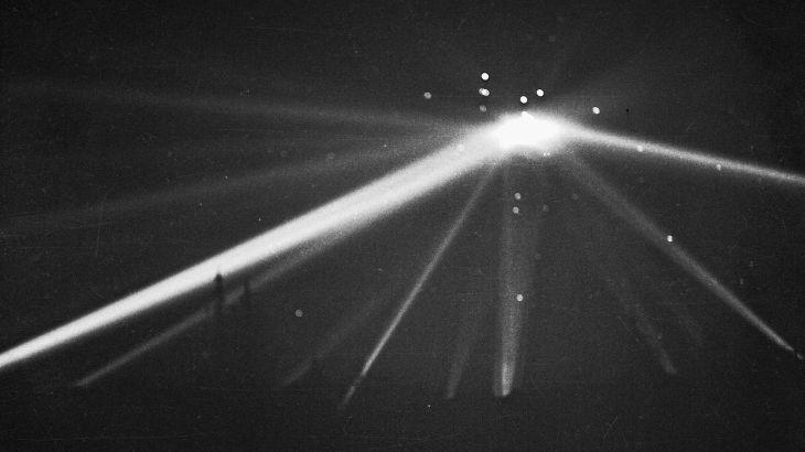 UFO - LA - 1942 - 2