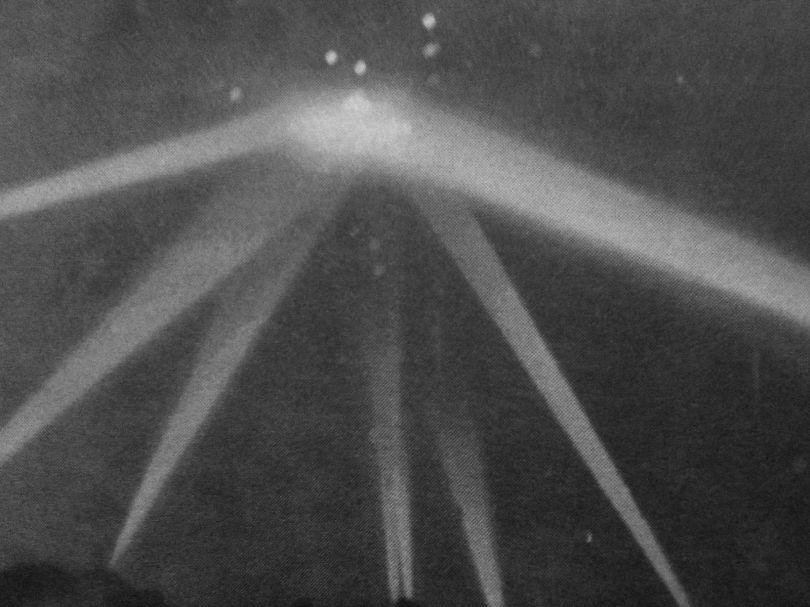 UFO - LA - 1942 - 4