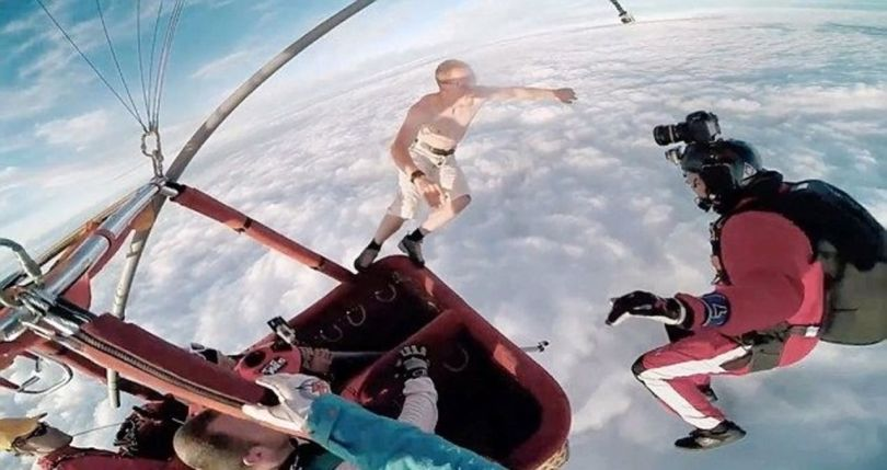 Skydiving Without Parachute - 4