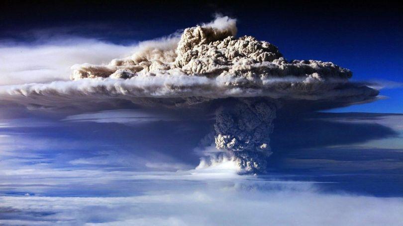 Volcan - Eruption - 1