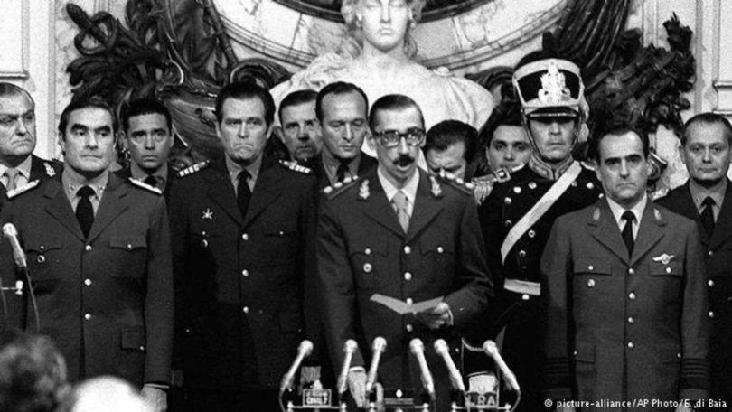 Ford - Des milliers ont disparu ou ont été tués sous la dictature de Jorge Rafael Videla et de ses collègues militaires