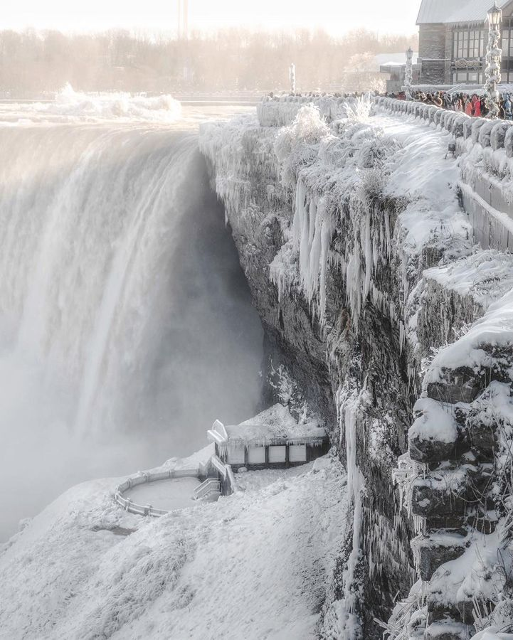 Niagara Falls Frozen - 7