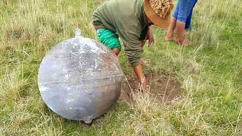 Pérou - Sphère - Métal - 1