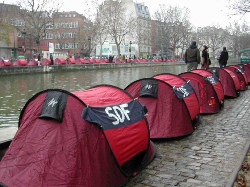 Tentes SDF
