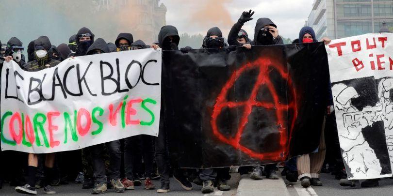 Black Blocs - 4