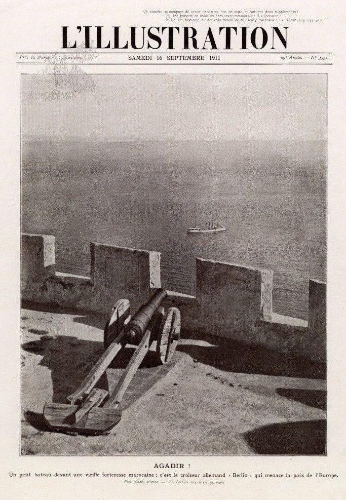 Le croiseur Berlin devant la casbah d'Agadir, 1911