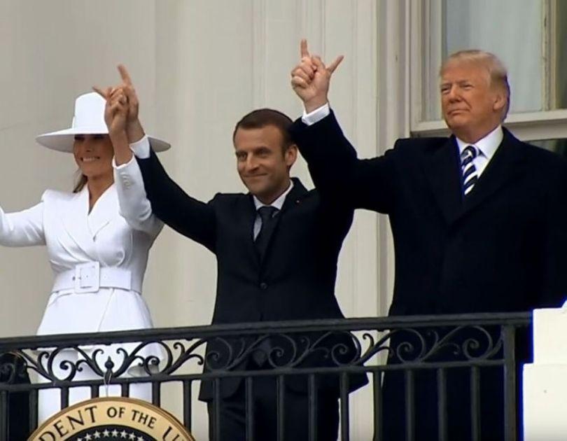 Macron - Trump - Signe cornu - 1