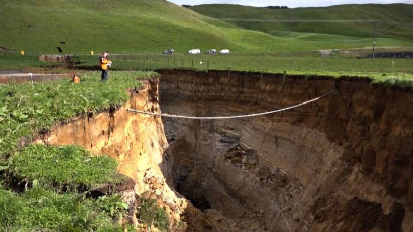 Massive sinkhole - Nouvelle-Zélande - 1