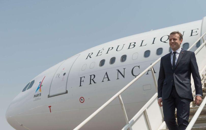 Emmanuel Macron - Avion