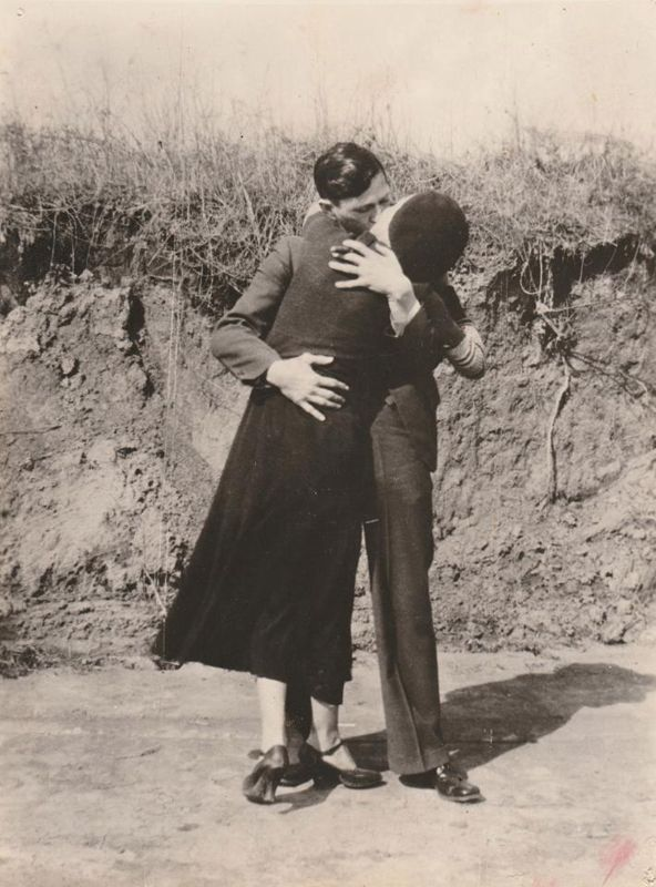 Bonnie and Clyde - 4