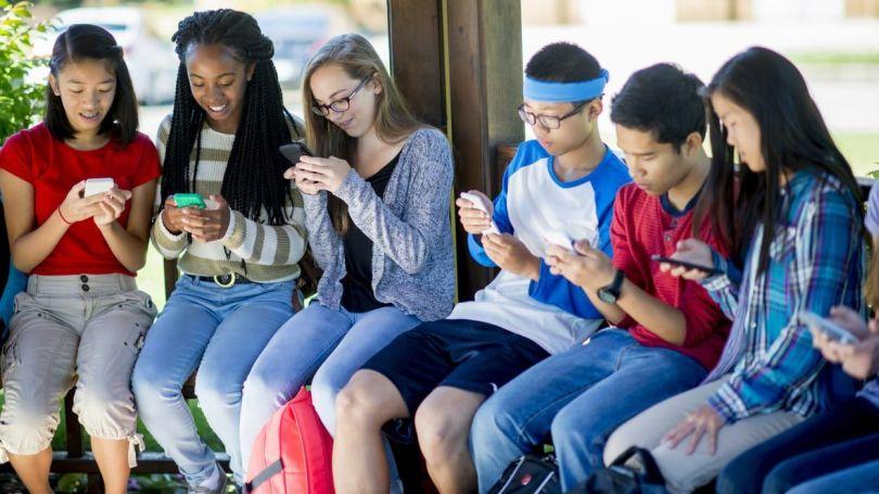 Adolescents – Smartphone