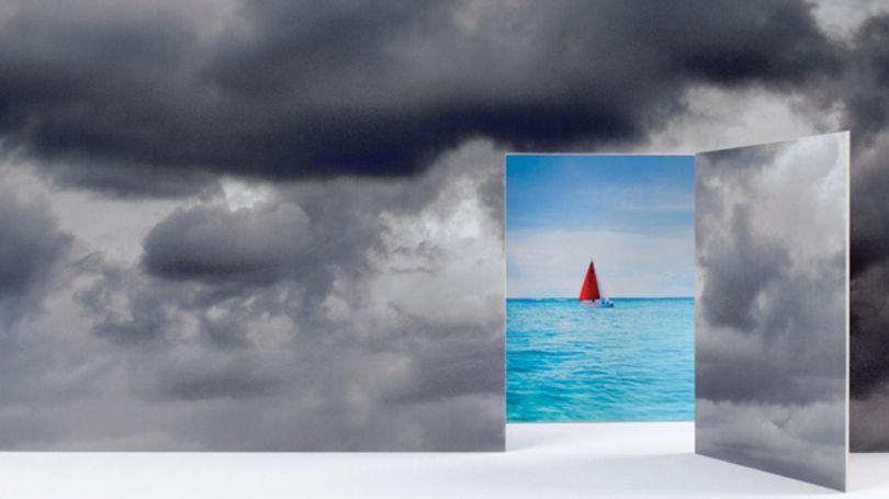 Ciel gris - Ciel bleu - Voilier