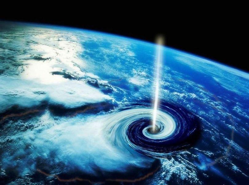 Trou noir - Terre - 8
