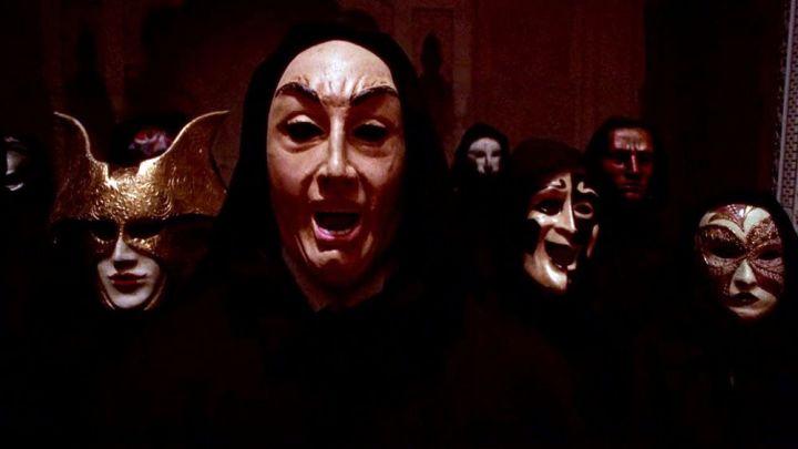 Eyes Wide Shut - Masques - 1
