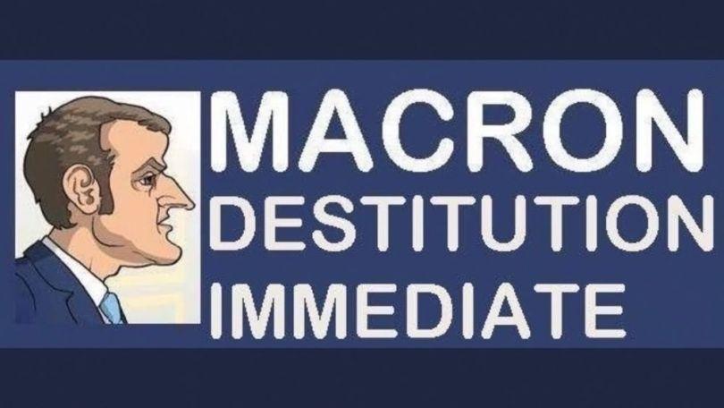 Macron - Destitution