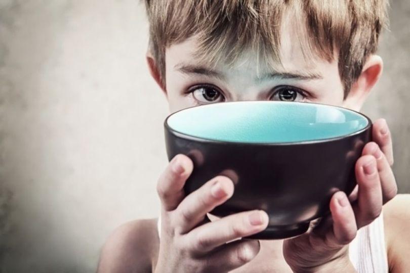 Enfant - Bol - Pauvreté
