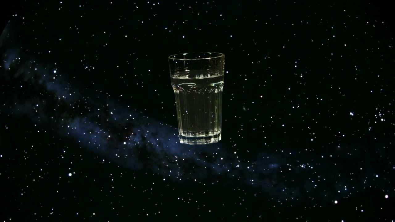 Water in Space : dans l'espace, l'eau se met-elle à geler ou à bouillir ? [Vidéo]