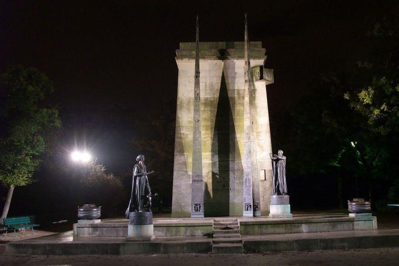 Monument des Droits de l_homme – Paris - 3