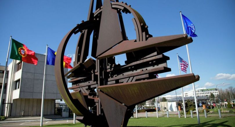 OTAN - NATO - Sculpture - Flag