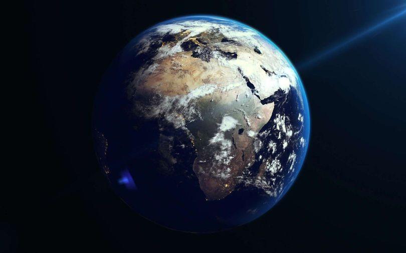 Terre - Planète - 2