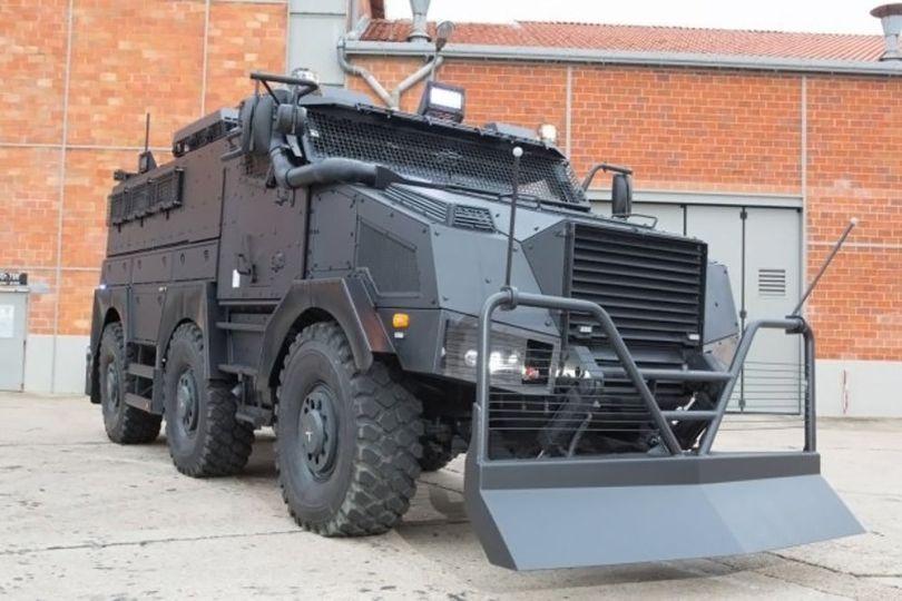 VBRG - Véhicule blindé – Gendarmerie – CRS - 3