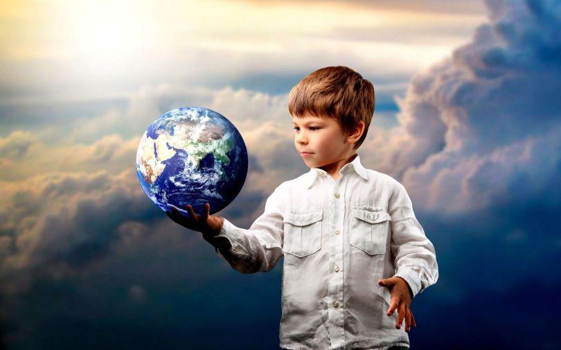 enfant - main - planète