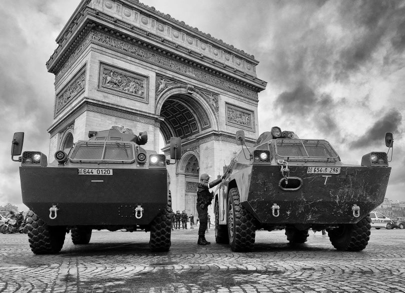 véhicules blindés - force de l'ordre