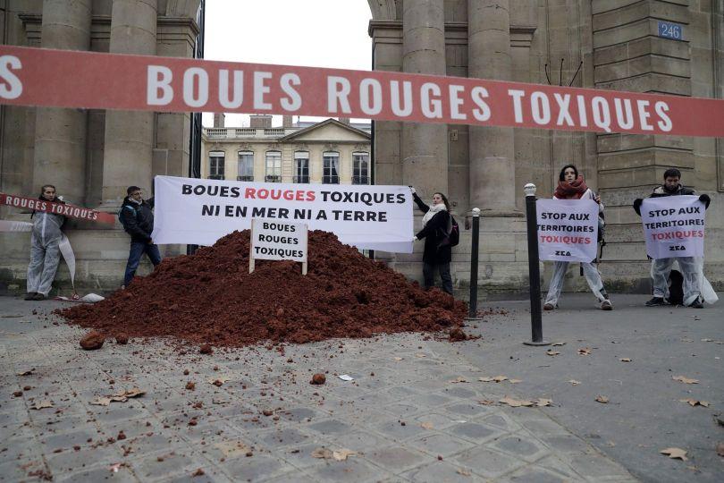 Boues rouges toxiques - 2