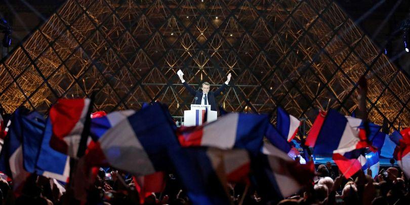 Emmanuel Macron – Pyramide du Louvre (2017)