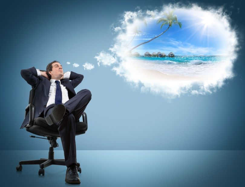 Vacances - Homme rêvant