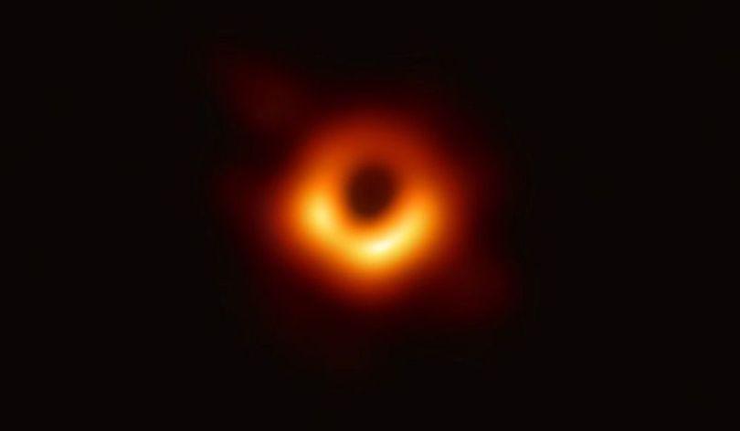 Trou noir - M87 - 8