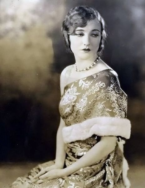 Agnes Ayres - 2