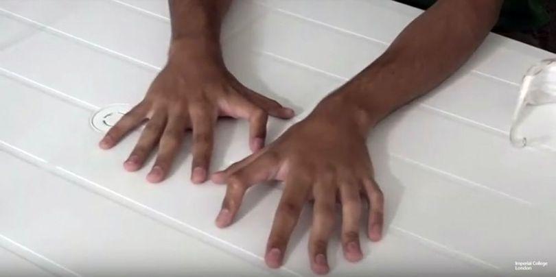Mians - 6 doigts - 1