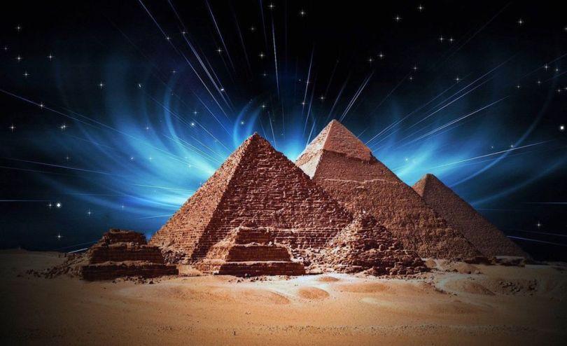 Pyramide - 1