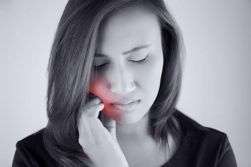 Douleur bouche - Femme