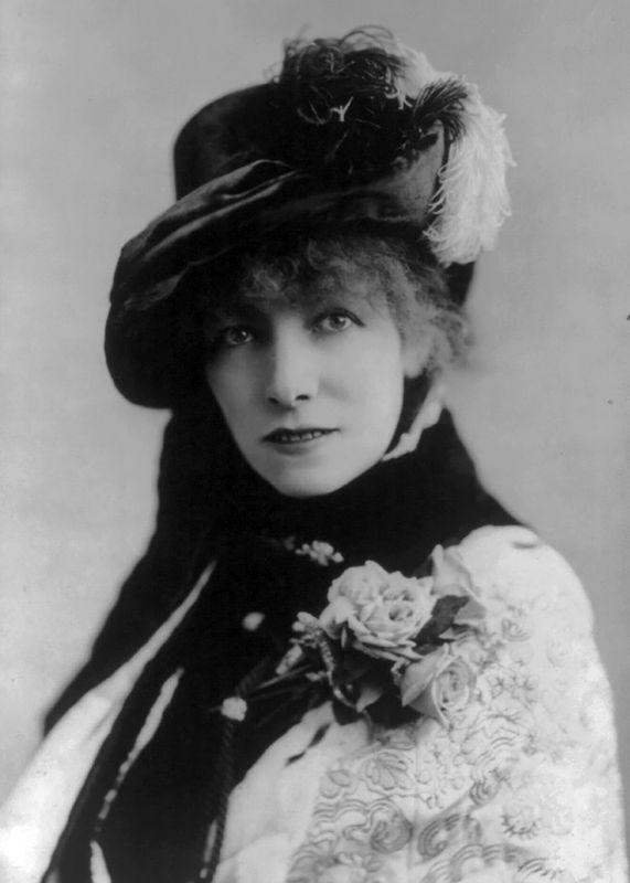 Sarah Bernhardt - 1