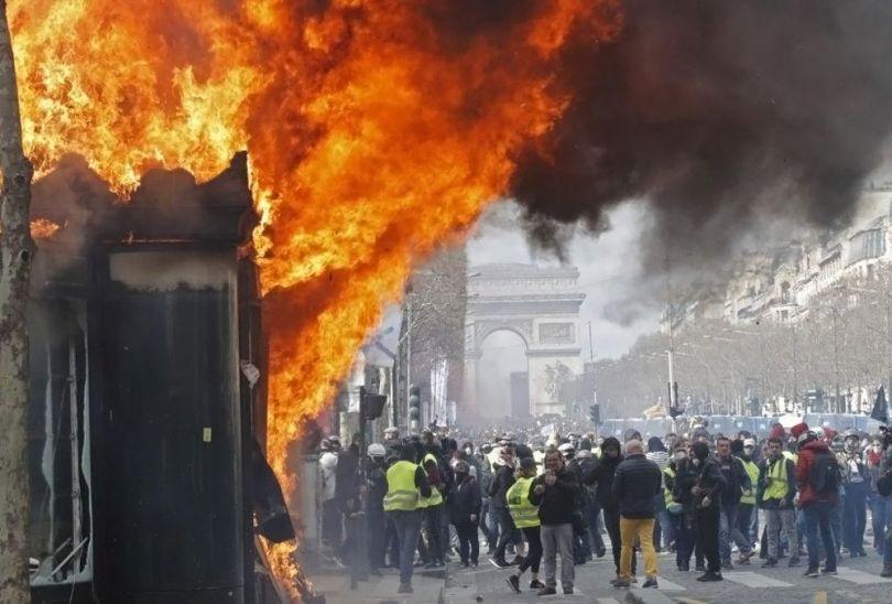 Révoltes populaires - 36